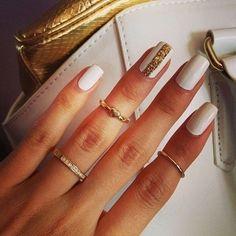Pretty Nails <3 White & Gold