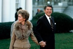 Nancy Reagan Turns 90: Photos of Her Most Fashionable Looks - The Daily Beast