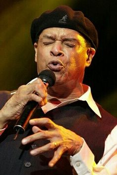 Jazz news: Jazz Musician of the Day: Al Jarreau. Published: March 2017 @ All About Jazz Music Icon, Soul Music, Music Love, My Music, Jazz Artists, Jazz Musicians, Music Artists, Al Jarreau, Cool Jazz