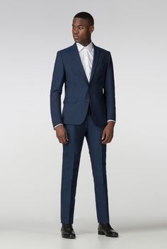 ee971fbb62caf6 The ultimate classic suit. Navy blue Limehaus suit workn by Josue for Suit  Direct.