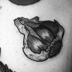 60 Garlic Tattoo Ideas For Men - Garnish Designs