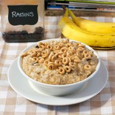 Microwave Banana Raisin Oats