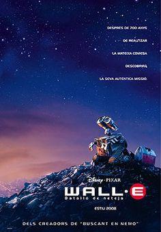 """WALL-E. PILLADO HASTA LAS TUERCAS. En un futuro 700 años adelante los humanos han tenido que irse de la Tierra porque en ella sólo quedan basuras y residuos, montañas y rascacielos de desechos. Mientras, en la Tierra, la operación """"Descontaminación"""" se ha suspendido por resultar imposible, pero un robot quedó sin desconectar y desde allí sigue la titánica tarea de intentar comprimir y ordenar la basura acumulada."""