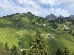 Wanderwetter ☀️❤️🏃♀️ #naturparkregionreutte #wandern #hahnenkamm #sonne #sommer #schön #Berge #Mountains Golf Courses, Mountains, Instagram, Sun, Hiking, Bergen