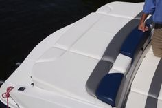 Rinker 216 Captiva: Flip-up gull-wing pads on the aft sundeck offer access to and from the swim platform on nonskid surfaces while protecting the boat's upholstery. Inflatable Island, One Drive, Layout, Gull, Boating, Car Seats, Upholstery, Swim, Diy Projects