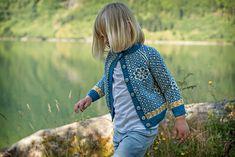 Ravelry: Barnejakka Trudilutt pattern by Pinneguri