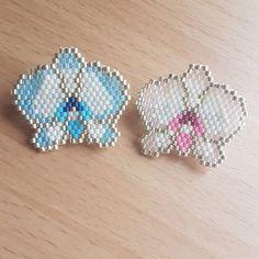 Mes petites broches orchidée que j'adore j'espère que vous aussi vous les adorée #miyukibeads#miyuki#losangeles#perle#tissageperlesmiyuki#tissageperles#manchette #miyuki#perleandco#lapetitepicerie#jenfiledesperlesetjassume#madeinfrance#tissageperles#tissage#bijoux #perlesmiyuki