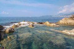Le meravigliose acque del Mar Ligure (Balzi Rossi - Ventimiglia) - © Rosario La Spisa Pictures on facebook.com/turismoinliguria