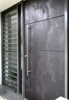 Aluminium & Graphite Viper The Effective Pictures We Offer You About entrance plan A quality picture can tell you many things. You can find the most beautiful pictures that can be presented to you abo Modern Entrance Door, Modern Exterior Doors, Modern Front Door, Front Door Entrance, Door Entryway, House Front Door, House Doors, Modern Garage, Main Door Design