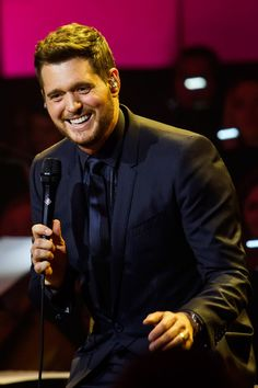 Michael Bublé Belts Out Cover of Beach Boys' 'God Only Knows' for One World: Together at Home Special It Goes Like This, Fun To Be One, Milo Ventimiglia, Emperors New Groove, The Beach Boys, Michael Buble, Pitch Perfect, Funny Vines, John Legend