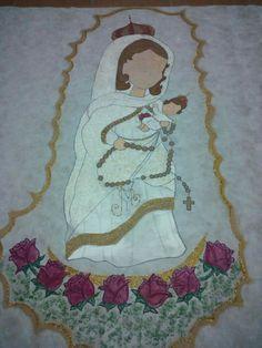 Virgen pintada en ficelina