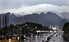 Snowfall in Islamabad after 10 years
