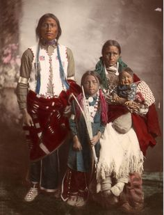 Studio portrait of a Native American Ute family - - Nature Native American Pictures, Native American Clothing, Native American Wisdom, Native American Beauty, Native American Tribes, Native American History, American Indians, American Art, Indian Pictures