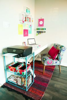 Looking for creative office ideas? This office makeover is the perfect combination of neutral cute furniture pieces mixed with a fun pop of color. It's perfect for women who work at home and has tons of great organizing and DIY ideas for small spaces. I absolutely love that magnet wall! #FallHomeRefresh #WorldMarketTribe Sponsored by @WorldMarket