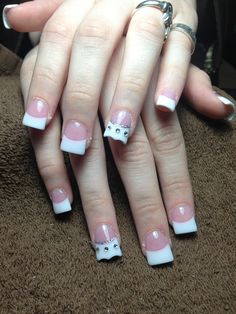 Cute flare nails with crown design