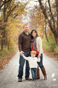 What to Wear Fall Family Portrait