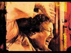 Sanu ek pal chain na aave (Nusrat Fateh Ali Khan) - YouTube