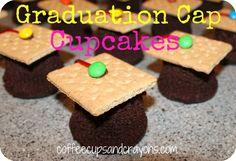 Easy Graduation Cap Cupcakes!