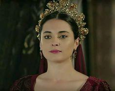Kosem Sultan, Period Movies, Divas, Ottoman, Crown, Jewels, Stars, Vintage, Fashion