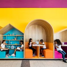 Colourful booths enliven Hayarden school for children of refugees in Tel Aviv Kindergarten Interior, Kindergarten Design, Ecole Design, Concrete Block Walls, Kids Cafe, Cafe Interior Design, Library Design, Learning Spaces, Classroom Design