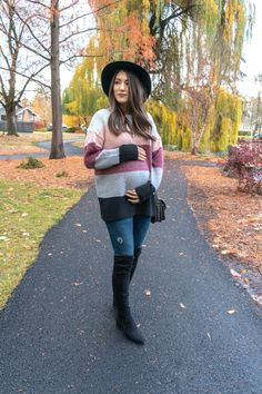 Fall pregnancy outfit ideas featuring a striped sweater - Winter Maternity Outfit Ideas Winter Maternity Outfits, Winter Dress Outfits, Casual Dress Outfits, Stylish Maternity, Maternity Fashion, Cute Outfits, Sweater Outfits, Winter Pregnancy Outfits, Pregnancy Style