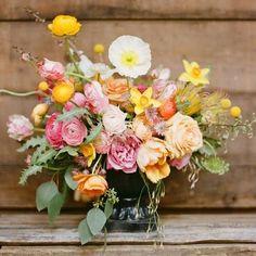 58 Fine Art Fall Wedding Bouquets | HappyWedd.com #PinoftheDay #fine #art #FineArt #fall #wedding #bouquets