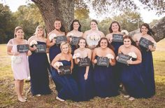 I'm an alumna from the Theta Lambda chapter at the University of West Florida and was married on October 24, 2015. Here are some of the Alpha Gam touches I included in my wedding!