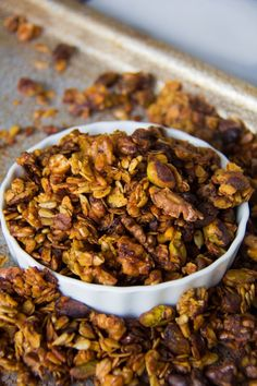 Savory Granola - sub for egg white Healthy Salty Snacks, Healthy Granola Bars, Savory Snacks, Healthy Eating, Clean Eating, Whole Food Recipes, Snack Recipes, Cooking Recipes, Protein Bites