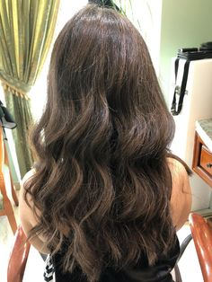 Stylist: Tatiana Dulgheru - GETT'S Hair Studio Salon JW Marriott ☎️ 021.403.31.33  #gettssalons #gettshairstudiojwmarriott #healthyhair #highlights Daily Hairstyles, Hair Studio, Healthy Hair, Salons, Highlights, Stylists, Long Hair Styles, Beauty, Lounges