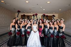 Who knew one dress could look so good on so many bridesmaids!