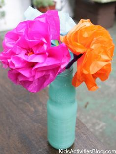 Cinco de Mayo for Kids: Tissue paper craft - make a paper flower