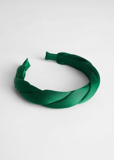 Braided Satin Alice Headband - Green - Hairaccessories - & Other Stories # cute Braids with headbands Braided Satin Alice Headband Kids Headbands, Ribbon Headbands, Knot Headband, Diy Hair Scrunchies, Hair Bows, Headband Hairstyles, Diy Hairstyles, Best Gifts For Girls, Girls Hair Accessories