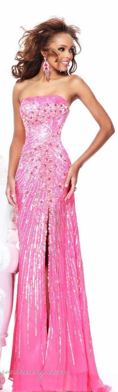 Shop prom dresses and long gowns for prom at Simply Dresses. Floor-length evening dresses, prom gowns, short prom dresses, and long formal dresses for prom. Stunning Dresses, Beautiful Gowns, Elegant Dresses, Pretty Dresses, Sexy Dresses, Sherri Hill Prom Dresses, Prom Dresses 2015, Prom Gowns, Pink Dress