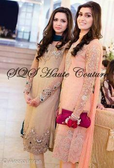 25 Trending Hairstyles For Walima Function in 2020 Wedding Desi Wedding Dresses, Pakistani Formal Dresses, Pakistani Dress Design, Indian Dresses, Indian Outfits, Pakistani Fashion Party Wear, Pakistani Wedding Outfits, Indian Fashion, Women's Fashion