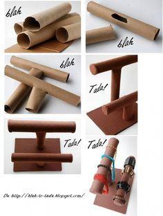 "doityourselfproject: ""DIY: JEWELRY ORGANIZER MADE WITH CARDBOARD TUBES by www.blah-to-tada.blogspot.com """