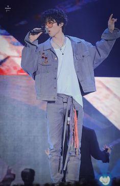 Kim Hanbin Ikon, Ikon Kpop, Ikon Leader, Ikon Wallpaper, Fandom, Kpop Guys, Korean Men, Kpop Fashion, Yg Entertainment
