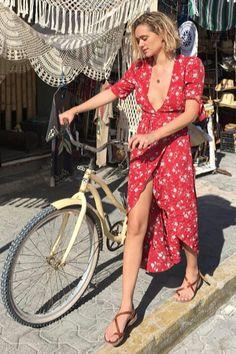 Parisian Summer, Jennifer Aniston Style, New York Street Style, European Summer, Vestido Casual, Summer Looks, Dress Collection, Casual Looks, Ideias Fashion