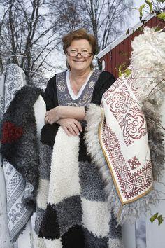 britt 4 Art School, Folk Art, Celtic, Lace Skirt, Needlework, Weaving, Textiles, Wool, Couture