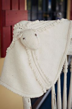 Knitted Sheep Blankie