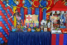 arreglo de mesa para fiesta familiar - Buscar con Google Shark Birthday Cakes, 18th Birthday Party Themes, Soccer Birthday Parties, 14th Birthday, Soccer Party, Birthday Decorations, Birthday Wishes, Messi Birthday, Barcelona Party