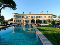 Villas in Cannes - Rent a luxury villa in Cannes, South Of France