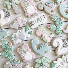 Cookies For Kids, Fancy Cookies, Iced Cookies, Cute Cookies, Cupcake Cookies, Cookies Et Biscuits, Sugar Cookies, Dinosaur Cookies, Dinosaur Cake