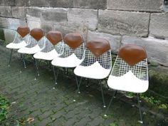 Charles Eames DKX Wire Chair Bikini Stühle