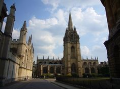 St Mary's Church from Radcliffe Square (All Souls College on the left)