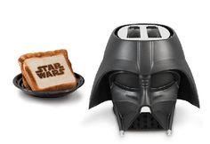 キッチンに置いておくだけで存在感がハンパないですね スターウォーズ、特にダース・ベイダー卿ラブな人にとっては目が離せないトースターの登場です。 名前もストレートに「Darth Vader Toast
