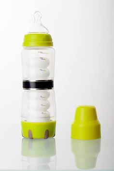 #Samonagrzewająca się #butelka paulandstella to wynalazek, którego zadaniem jest ułatwienie rodzicom karmienia swojej pociechy w każdym miejscu, o każdej porze. Paulandstella