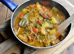 Lavender and Lovage   Spice Up your New Year 5:2 Diet Weight Loss! Spinach, Lentil and Sweet Potato Curry (244 Calories)   https://www.lavenderandlovage.com