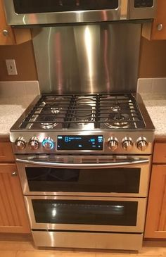 Slide-In Double Oven Gas Range with Self-Cleaning Convection Oven in Stainless Steel at The Home Depot - Mobile Stainless steel backsplash for behind the stove. Gas Stoves Kitchen, Kitchen Appliances, Granite Kitchen, Kitchen Backsplash, New Kitchen, Kitchen Decor, Country Kitchen, Kitchen Ideas, Gas Oven