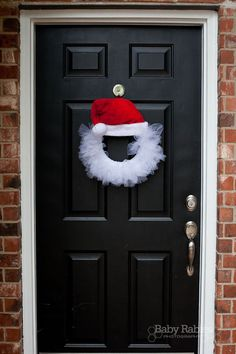 Santa Tulle Wreath Tutorial...adroable!
