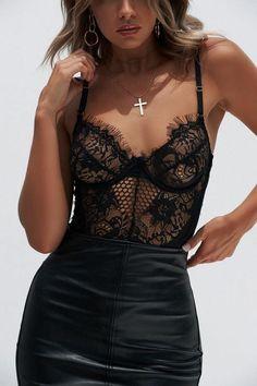 Khloe Lace Bodysuit (Black)